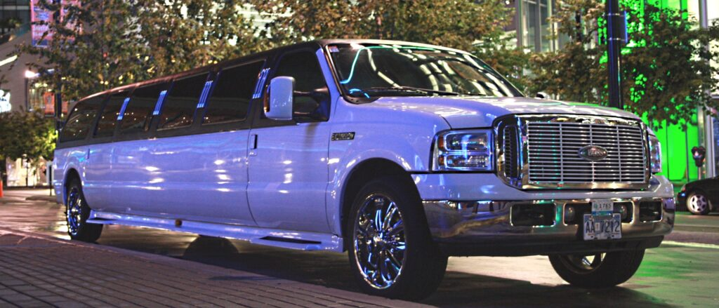 Stretch SUV limo rentals, stretch limo rental near me, limo rental prices
